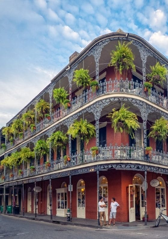 Solo Female Travel in New Orleans: What You Need to Know