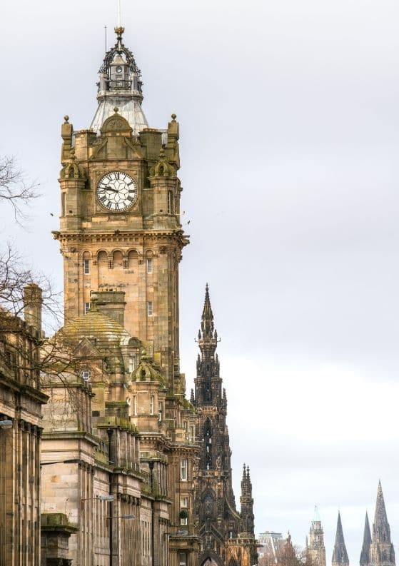 Edinburgh versus Glasgow: Which Scottish City Should You Visit?