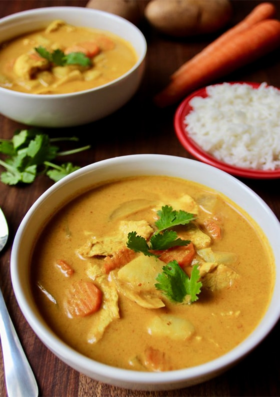 Authentic Thai Yellow Curry with Chicken