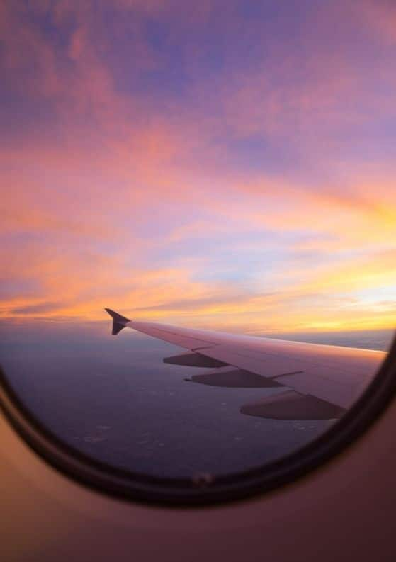 20 Secrets to Always Booking the Cheapest Flight Possible