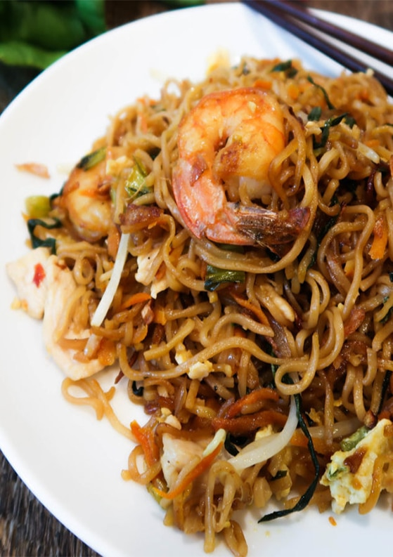 Authentic Mie Goreng (Indonesian Fried Noodles) Recipe