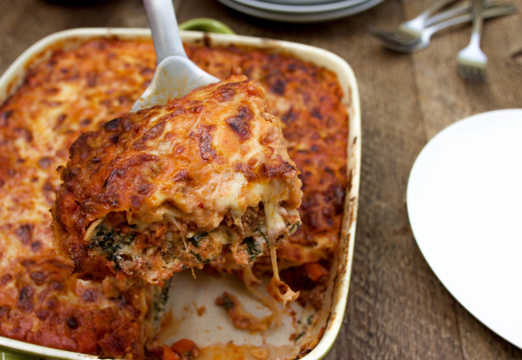 This is seriously the best lasagna you will ever try! With fresh pasta, flavor-packed bolognese sauce, a ricotta-spinach mixture, and cheesy béchamel sauce, this is the ultimate lasagna recipe! | Lasagna | Lasagne | Lasagna Bolognese | Lasagna Recipe | Best Lasagna | The Best Lasagna | The Best Lasagna Recipe | Lasagna with Fresh Pasta | Lasagna with Béchamel | Lasagna with Spinach | Lasagna with Ricotta | Lasagna with Homemade Pasta | Meat Lasagna | Lasagna with Bolognese Sauce | Lasagna with Meat Sauce | Homemade Lasagna | Authentic Lasagna | Classic Lasagna