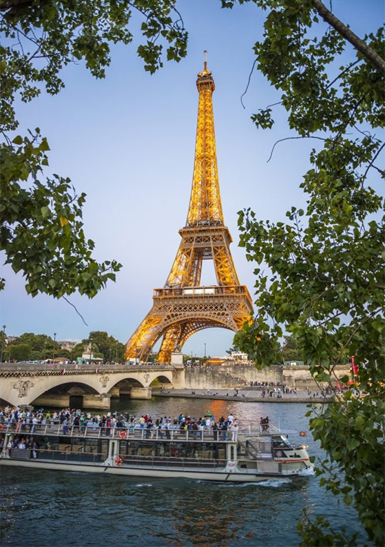 How to Avoid Tourist-Trap Restaurants in Europe: 10 Must-Read Tips