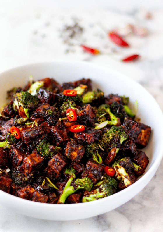 Black Pepper Tofu and Broccoli Stir-Fry