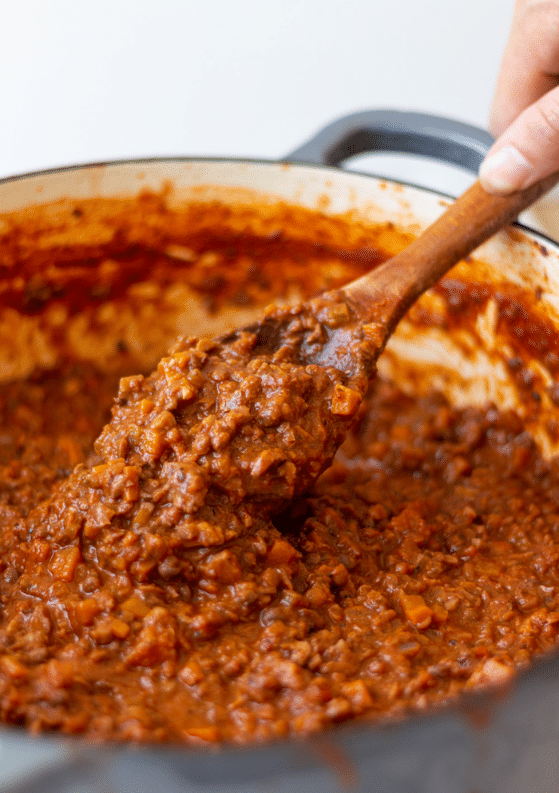 The Best Vegan Bolognese Sauce (with Lentils, Mushrooms & Walnuts)