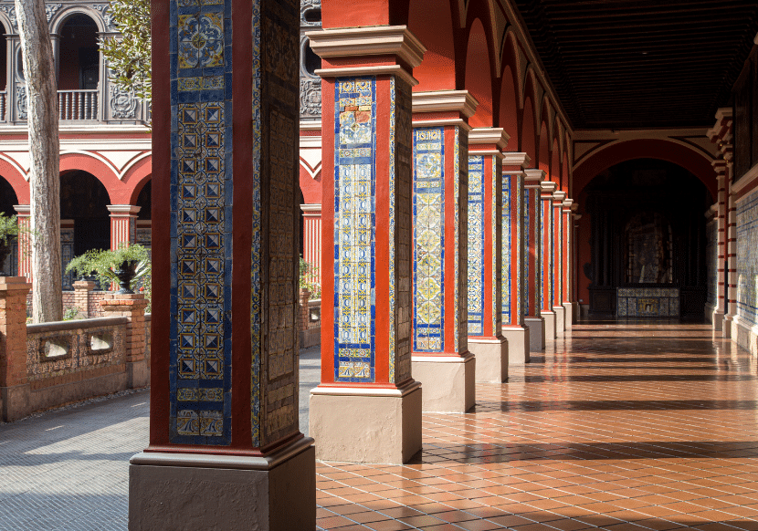 The Iglesia y Convento de San Francisco is intricately designed and beautiful. A must visit in Lima.